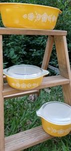 Other - Vintage Pyrex Golden Butterfly Casserole Dishes